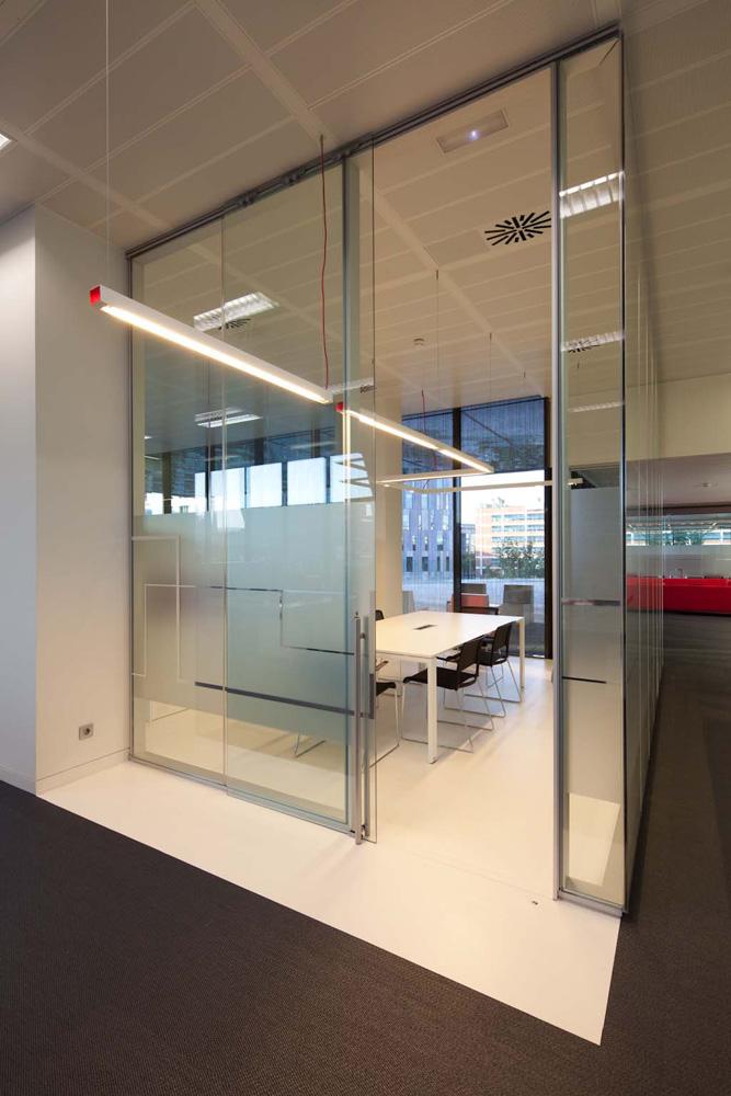 Reformas de oficinas contrast proyecto y reforma for Oficina de habitatge